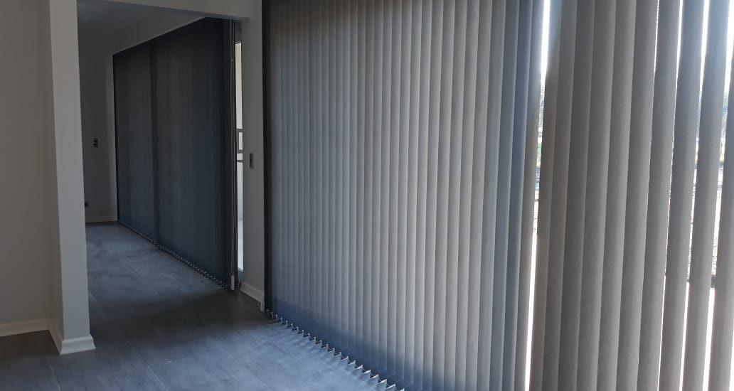 Cortinas verticales jjcdecoracion.cl chillán